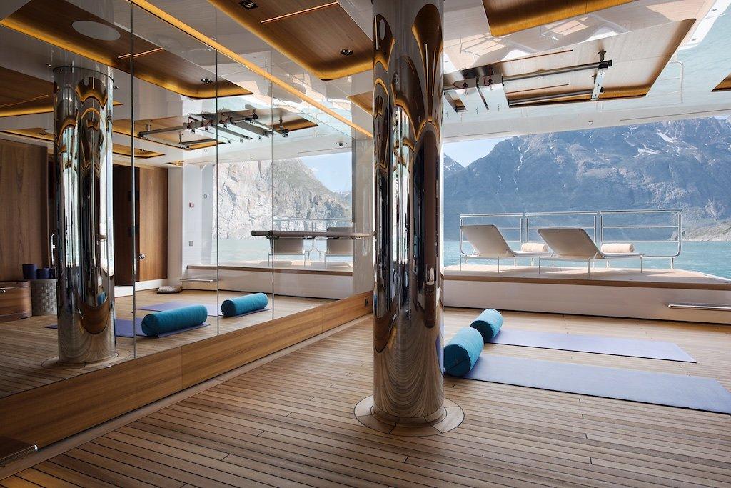 Морская прогулка: парусники и яхты от известных дизайнеров | галерея [7] фото [5]