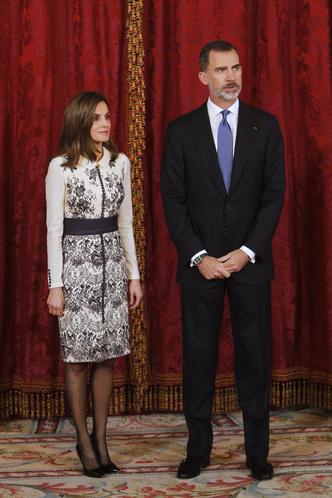 Сама элегантность: королева Летиция в платье Felipe Varela (фото 1)
