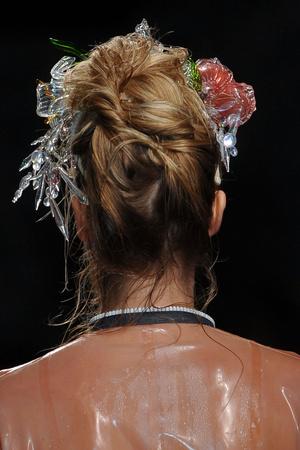 Показ Julien Fournie коллекции сезона Весна-лето 2012 года Haute couture - www.elle.ru - Подиум - фото 331874