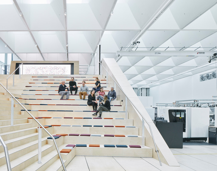 Новое здание штаб-квартиры Swarovski от студии Snøhetta (фото 5)
