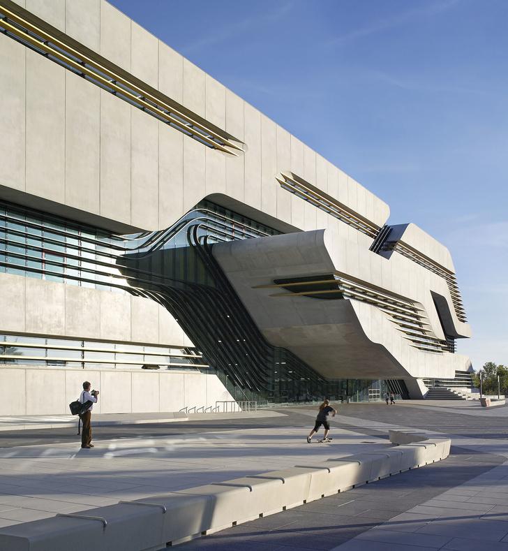 Топ-10: здания из бетона (фото 1)