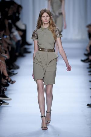 Показы мод Givenchy Весна-лето 2012 | Подиум на ELLE - Подиум - фото 1793