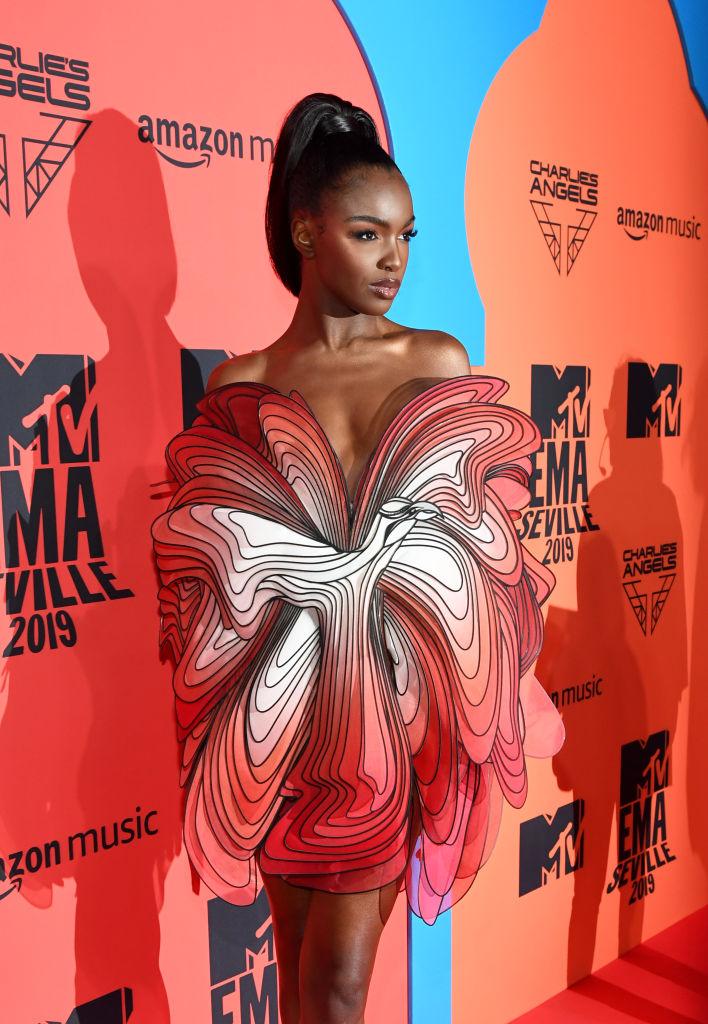 Обнаженные и откровенные: три супермодели на премии MTV EMA (фото 8)