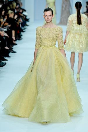 Показ Elie Saab коллекции сезона Весна-лето 2012 года haute couture - www.elle.ru - Подиум - фото 332673