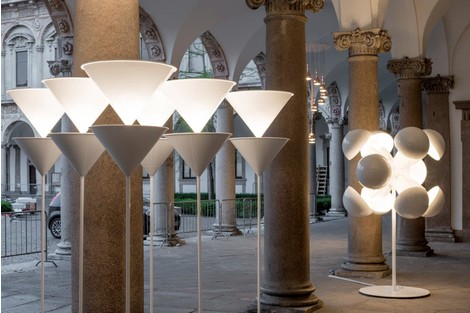 Милан, выставка, iSaloni, инсталляция, Oluce, Мартино Бергинз, Миланский Университет