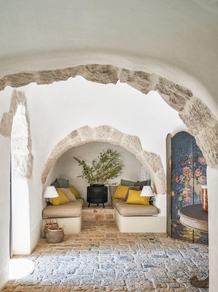 Старинный дом-трулло для модной римлянки в Апулии (фото 12)