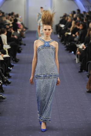Показ  коллекции сезона Весна-лето 2012 года haute couture - www.elle.ru - Подиум - фото 331330