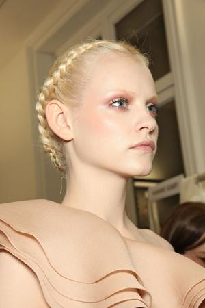 Показ Valentino коллекции сезона Весна-лето 2011 года Haute couture - www.elle.ru - Подиум - фото 218283