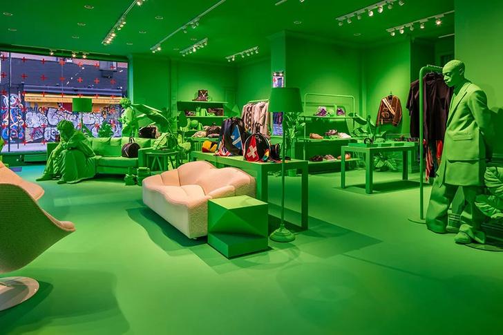 Ярко-зеленый pop-up бутик Louis Vuitton в Нью-Йорке (фото 3)