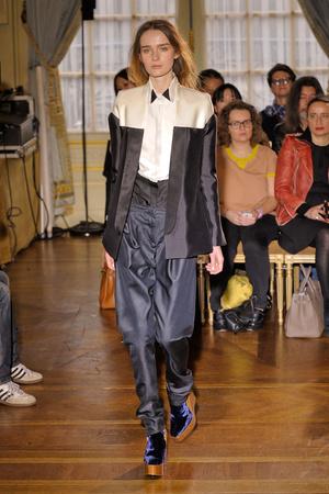 Показы мод Anne Valerie Hash Осень-зима 2012-2013 | Подиум на ELLE - Подиум - фото 1441