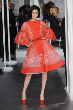 Показы мод Christian Dior Весна-лето 2012 | Подиум на ELLE - Подиум - фото 1766