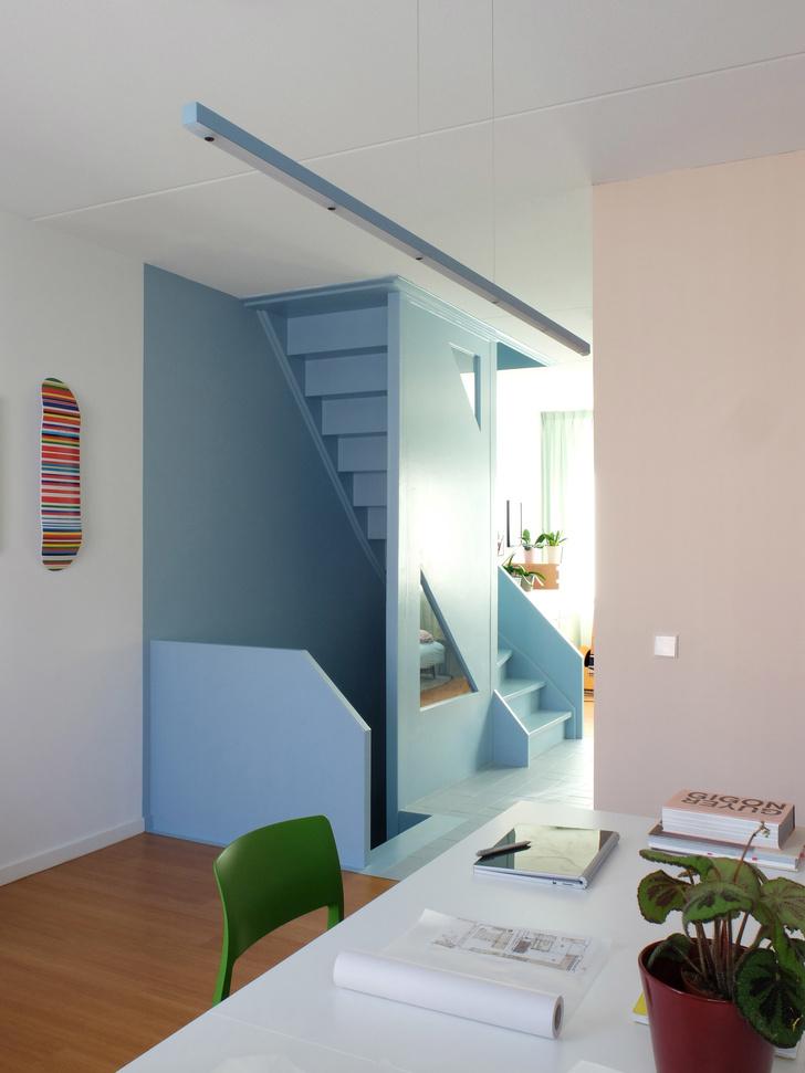 цветной дом в Роттердаме (фото 13)