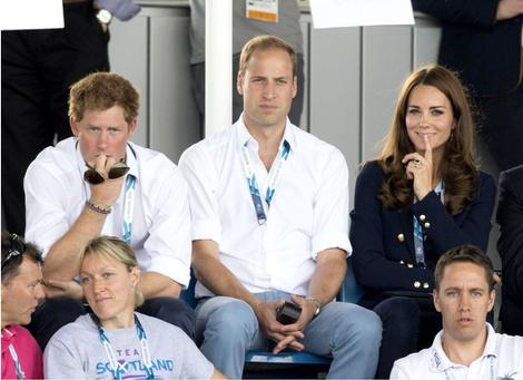 Итоги года 2014: лучшие фото Кейт Миддлтон и принца Уильяма | галерея [6] фото [2]