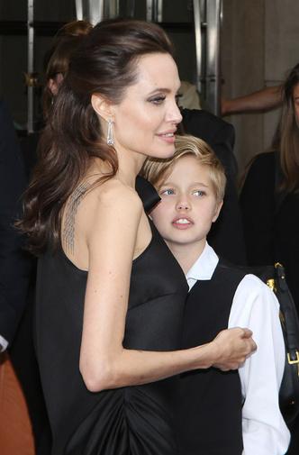 Анджелина Джоли и Шайло фото