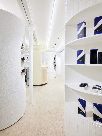 Дизайнер Рей Кавакубо открыл косметический бутик (фото 10.2)