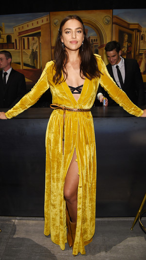 Ирина Шейк стала звездой показа Bottega Veneta (фото 3)