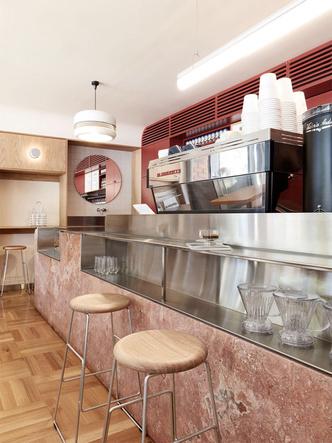 Модное кафе в Австралии в духе итальянских бистро 1950-х (фото 6.1)