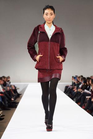 Показ Longchamp коллекции сезона Осень-зима 2015-2016 года Prêt-à-porter - www.elle.ru - Подиум - фото 596320