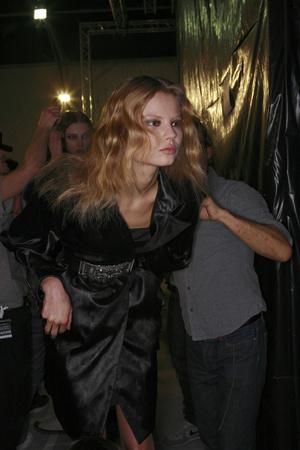 Показ Sophia Kokosalaki коллекции сезона Осень-зима 2009-2010 года prêt-à-porter - www.elle.ru - Подиум - фото 99733