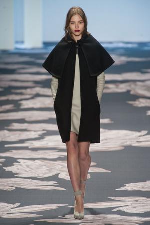 Показы мод Vera Wang Осень-зима 2013-2014 | Подиум на ELLE - Подиум - фото 856