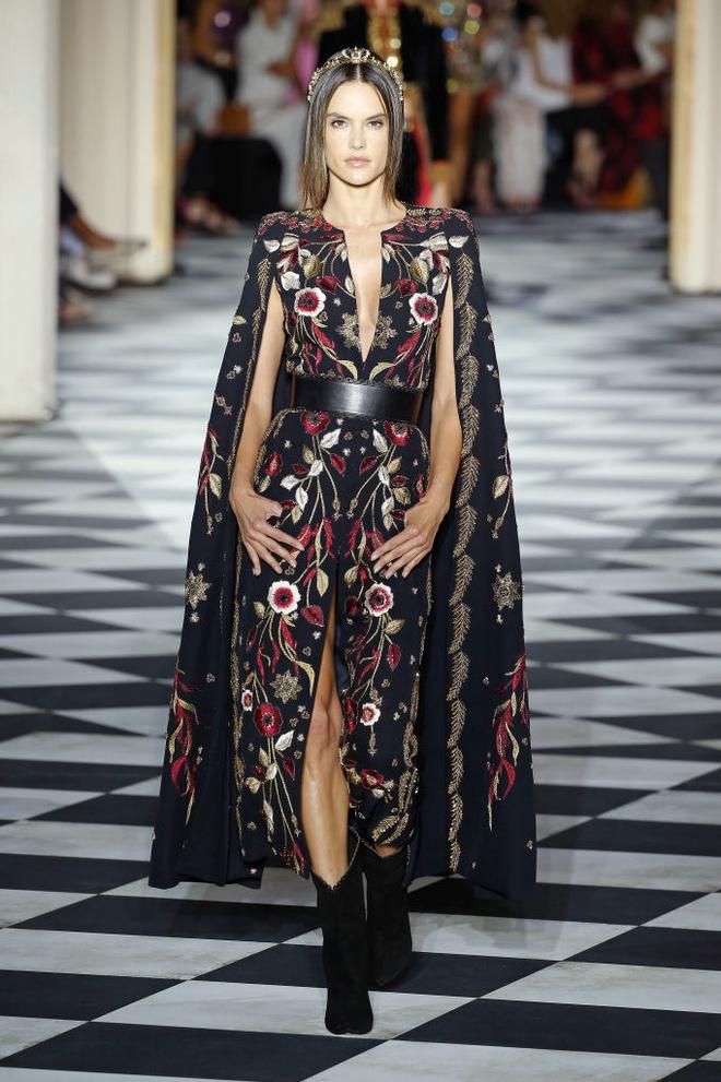Великолепный век: 10 лучших платьев с показа Zuhair Murad (фото 2)