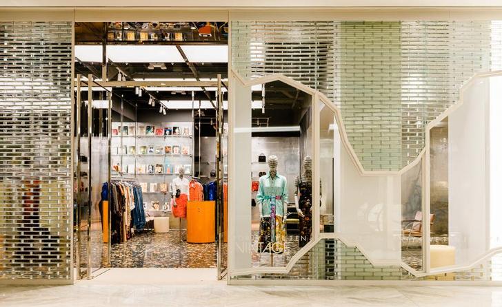 Яркий и необычный бутик по проекту Snarkitecture (фото 9)