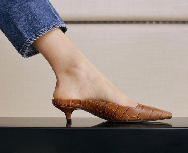 7 нескучных пар туфель, в которых можно пойти на работу (фото 1)