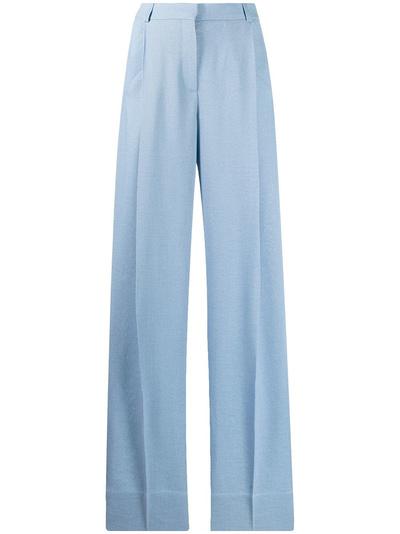 Какие оверсайз-брюки нужно успеть купить до конца осени? (галерея 4, фото 0)
