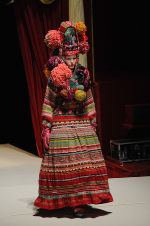 Показ Kenzo коллекции сезона Весна-лето 2011 года prêt-à-porter - www.elle.ru - Подиум - фото 190665