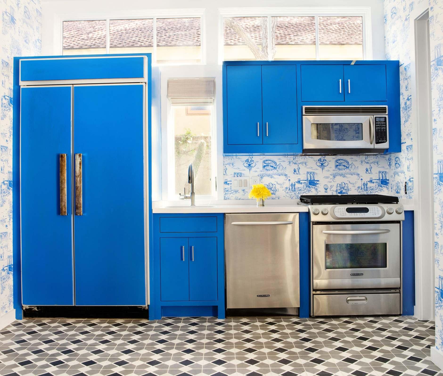 Обои на кухне: 10 свежих идей (галерея 0, фото 1)