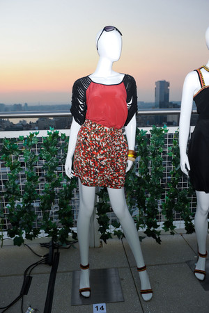 Показы мод Cynthia Steffe Весна-лето 2012 | Подиум на ELLE - Подиум - фото 2000