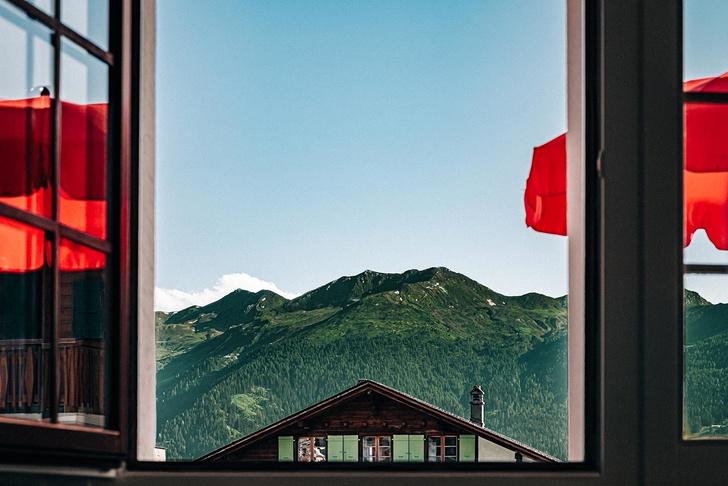 Experimental Chalet: новый дизайнерский отель в Альпах (фото 19)
