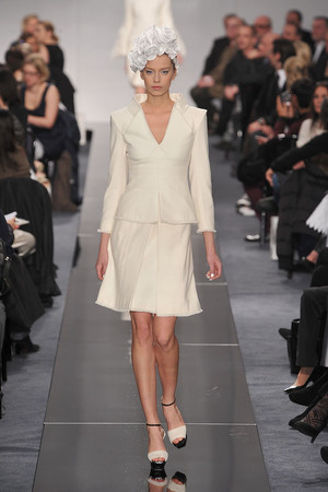 Показ  коллекции сезона Весна-лето 2009 года Haute couture - www.elle.ru - Подиум - фото 86346