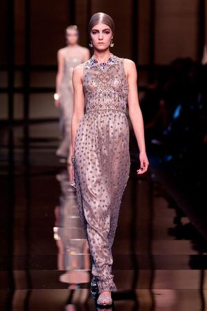 Показ Giorgio Armani Privé коллекции сезона Весна-лето 2014 года haute couture - www.elle.ru - Подиум - фото 574943