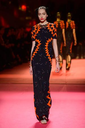 Показ Schiaparelli коллекции сезона Весна-лето 2015 года Haute couture - www.elle.ru - Подиум - фото 592949