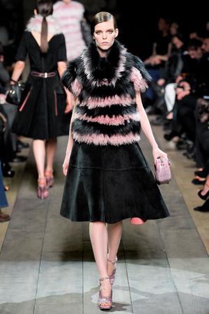 Показы мод Loewe Осень-зима 2012-2013 | Подиум на ELLE - Подиум - фото 1425