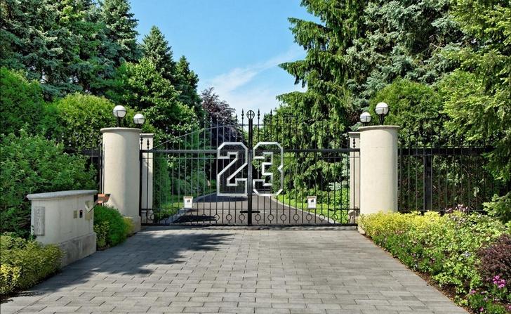 Дома знаменитостей, которые никто не хочет покупать (фото 6)