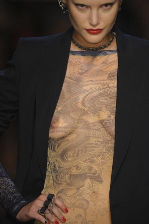 Показ Jean Paul Gaultier коллекции сезона Весна-лето 2012 года prêt-à-porter - www.elle.ru - Подиум - фото 315032