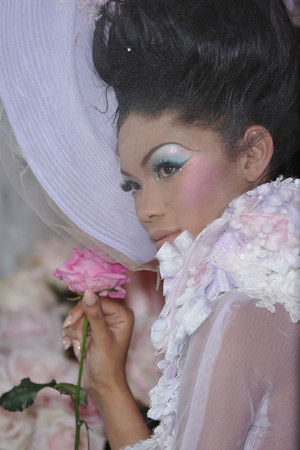 Показ Christian Dior коллекции сезона Весна-лето 2010 года haute couture - www.elle.ru - Подиум - фото 138472