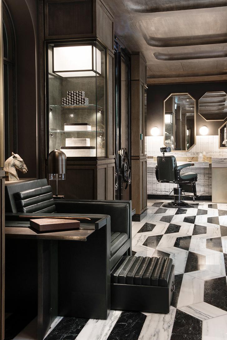 Знаменитый Hotel de Crillon вновь принимает гостей фото [8]
