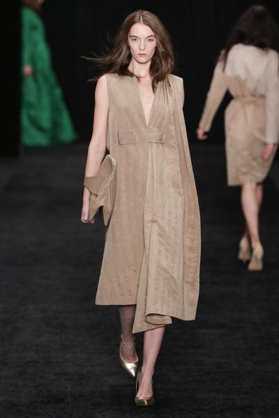 показ alena akhmadullina на mercedes-benz fashion week russia 2014-2015