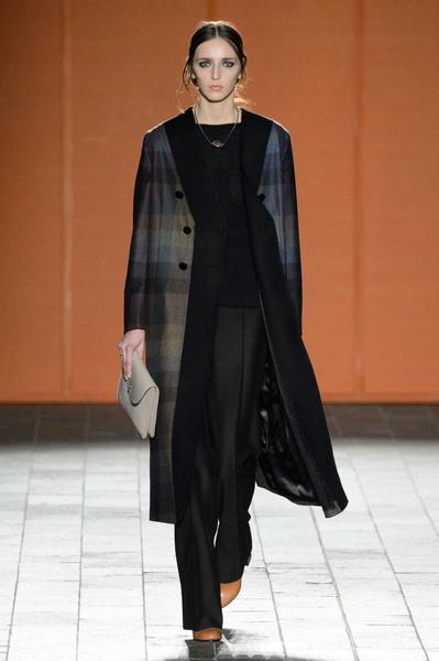 Неделя моды в Лондоне: 22 февраля | галерея [3] фото [12]