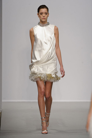 Показ Christophe Josse коллекции сезона Весна-лето 2011 года haute couture - www.elle.ru - Подиум - фото 214814