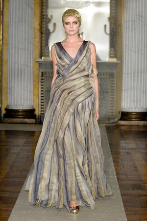 Показы мод Luisa Beccaria Осень-зима 2011-2012 | Подиум на ELLE - Подиум - фото 2240