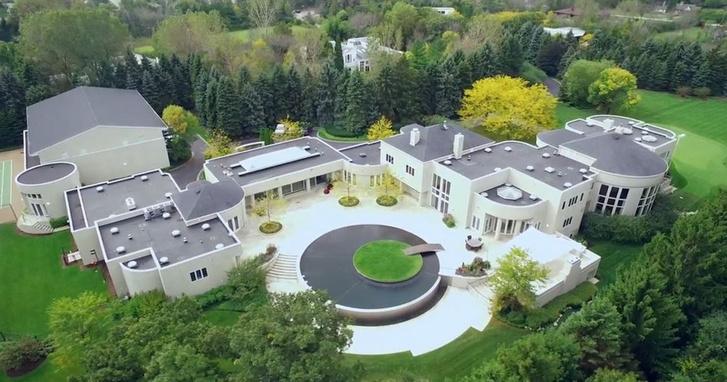 Дома знаменитостей, которые никто не хочет покупать (фото 5)