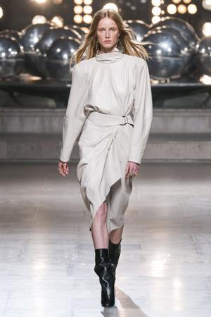 Какие платья будут самыми модными будущей осенью? 6 главных трендов (фото 19.2)