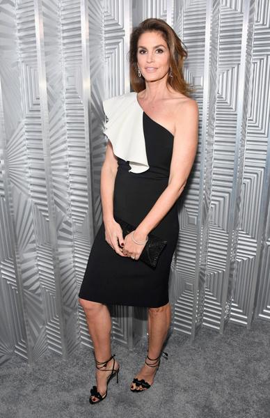 ELLE Women: самые роскошные женщины Голливуда на ежегодной премии | галерея [1] фото [13]