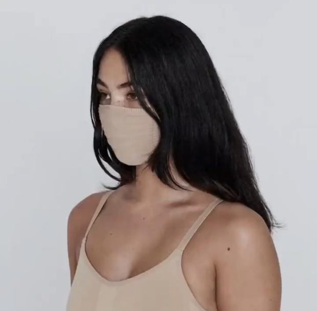 «Маскне»: почему из-за маски сильно портится кожа и как этого избежать? (фото 1)