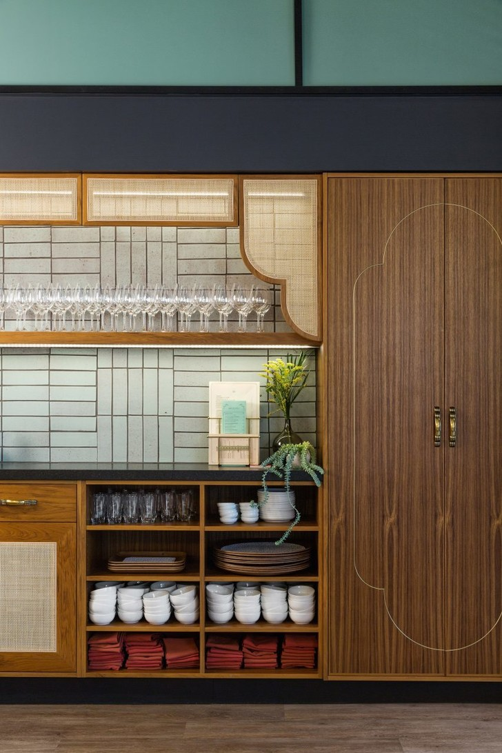 Ресторан в духе Шанхая 1920-х от студии  Sarah Ward Interiors (фото 4)