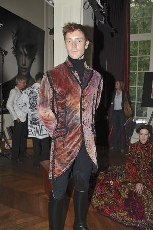 Показ Franc Sorbier коллекции сезона Осень-зима 2009-2010 года haute couture - www.elle.ru - Подиум - фото 87609